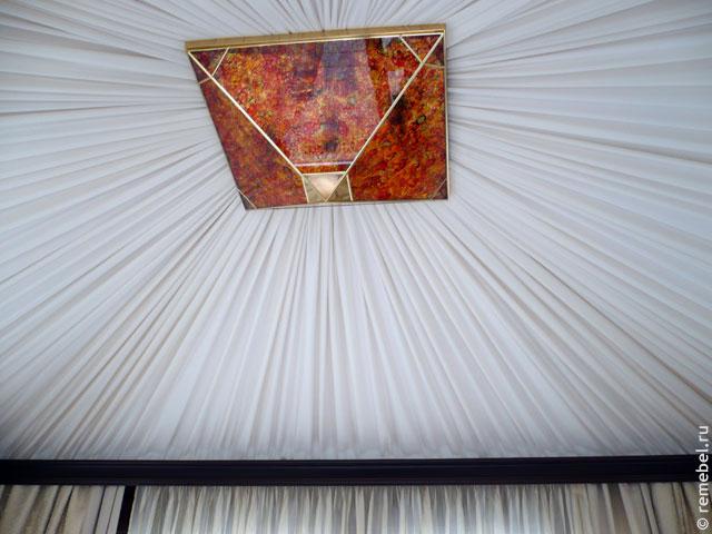 Потолок драпированный тканью своими руками