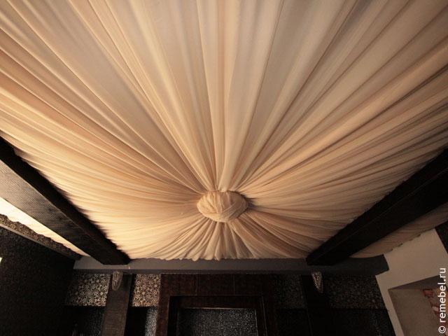 Драпировка потолка тканью своими руками мастер класс фото 66